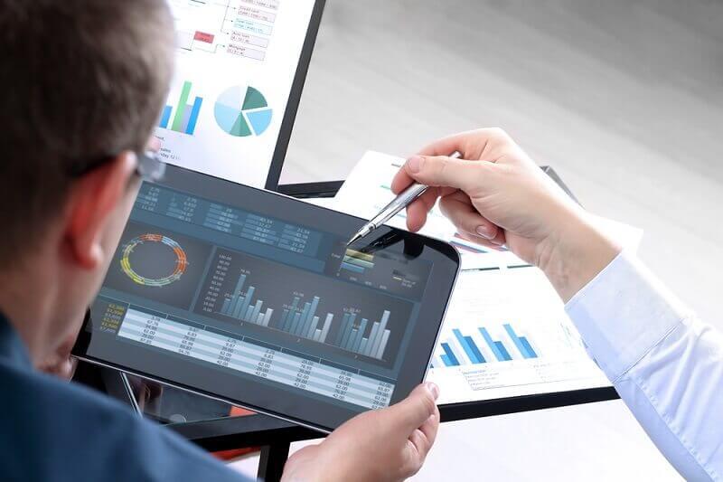 manfaat menggunakan jasa konsultan keuangan