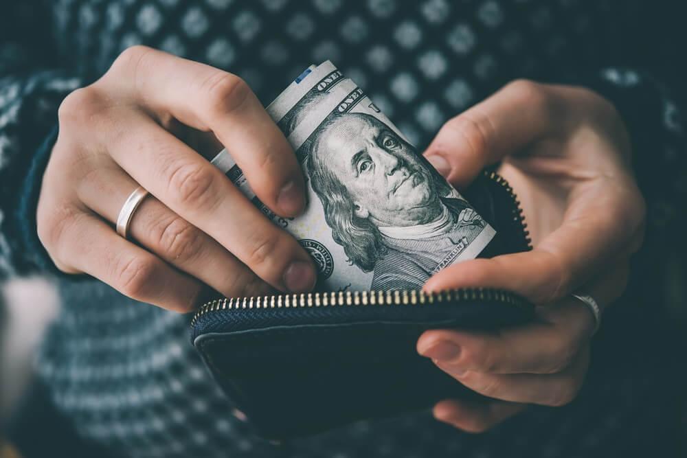 bagaimana cara mengelola uang dengan baik