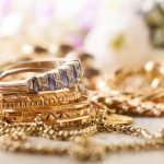 Gadai Emas, Solusi Mendapatkan Dana Tunai untuk Kaum Hawa